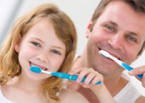Hai il diabete? Lavati i denti! Ti lavi i denti! Migliora ildiabete!